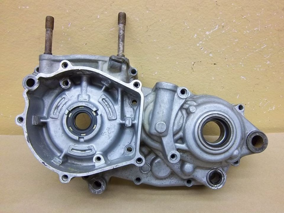 1989 Kawasaki KX250 left side engine crankcase crank case 89 KX 250